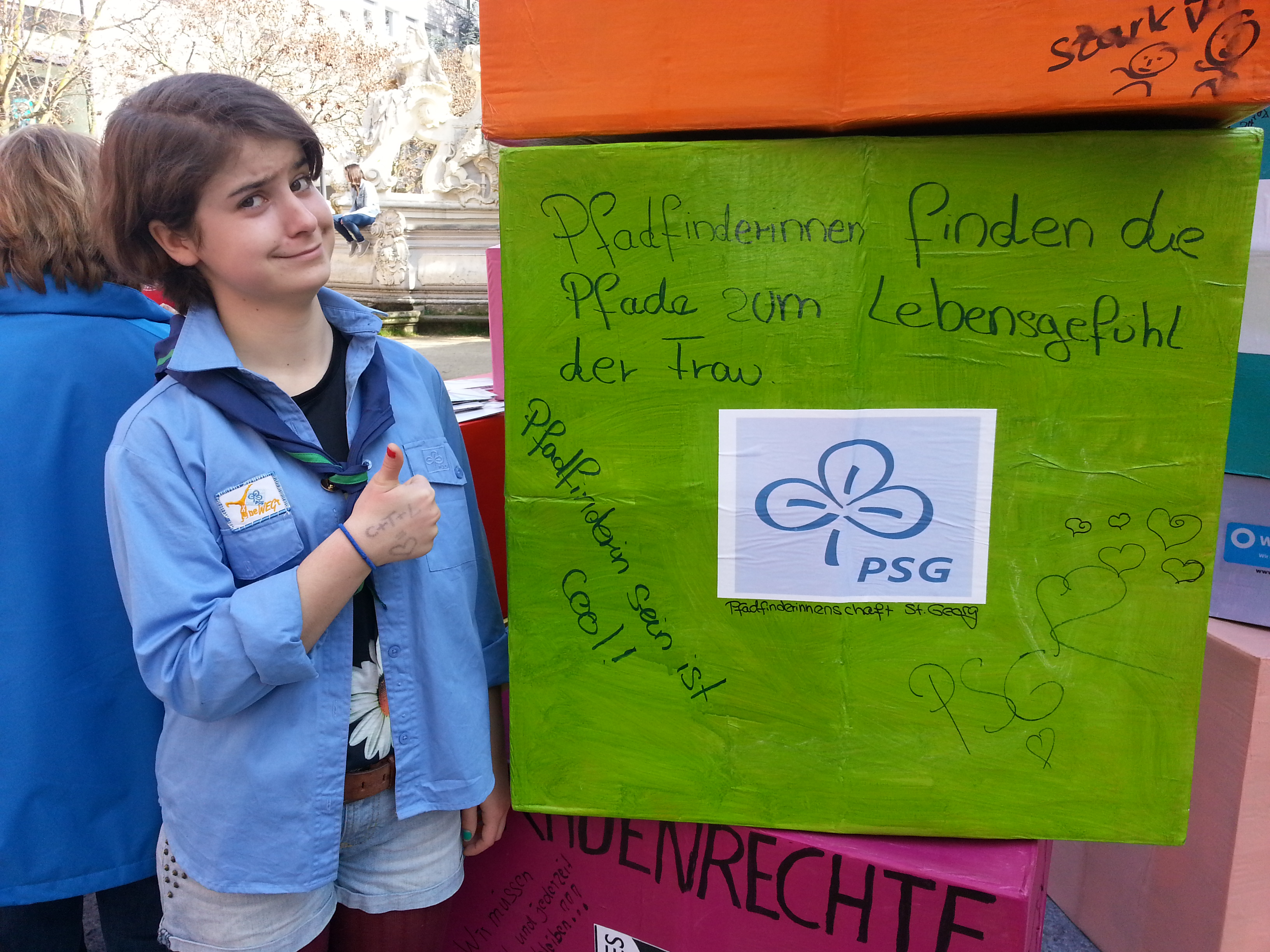 tl_files/psg_trier/fotogalerie/dioezesanverband/Frauentag 08.03.14/002- Frauentag PSG Wuerfel mit Tabea.jpg